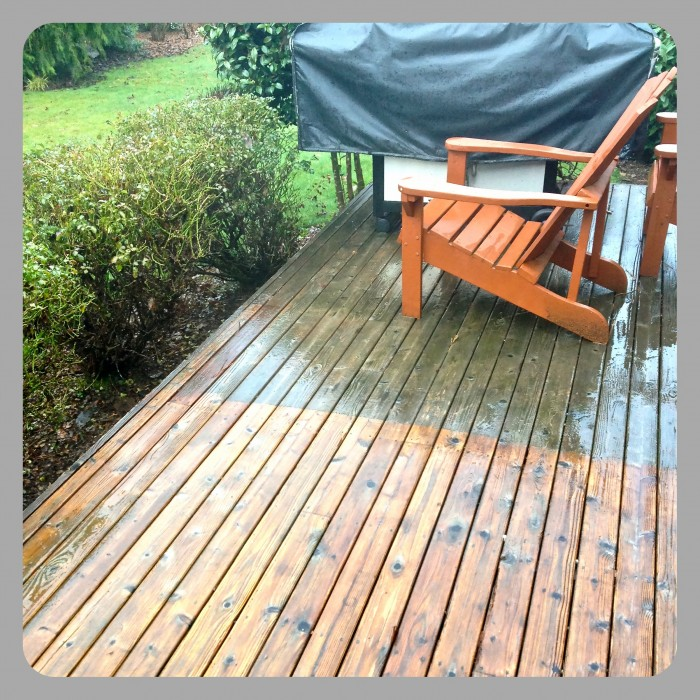 how to clean a deck without pressure washing