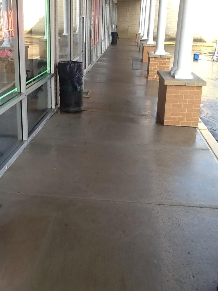 Strip Mall Cleaning Aqua Boy Powerwashing